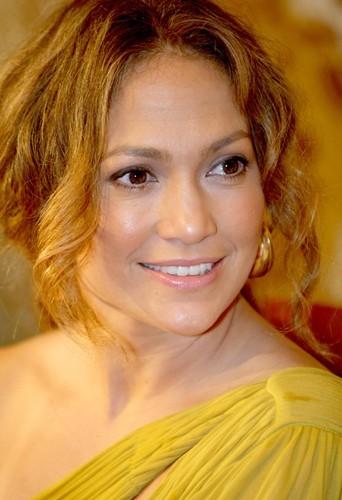 Jennifer Lopez : plus jolie au naturel?