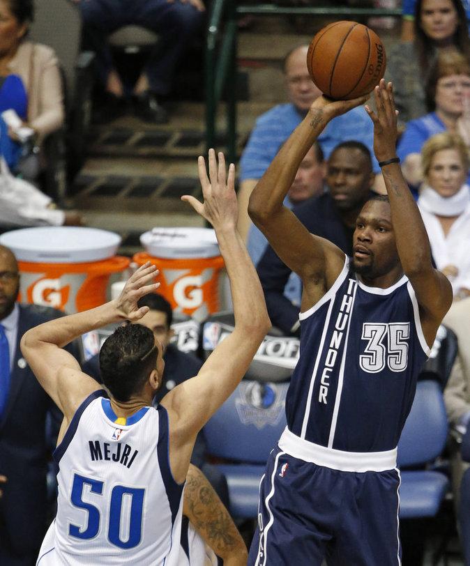 Kevin Durant, basketteur américain : 56 millions de dollars