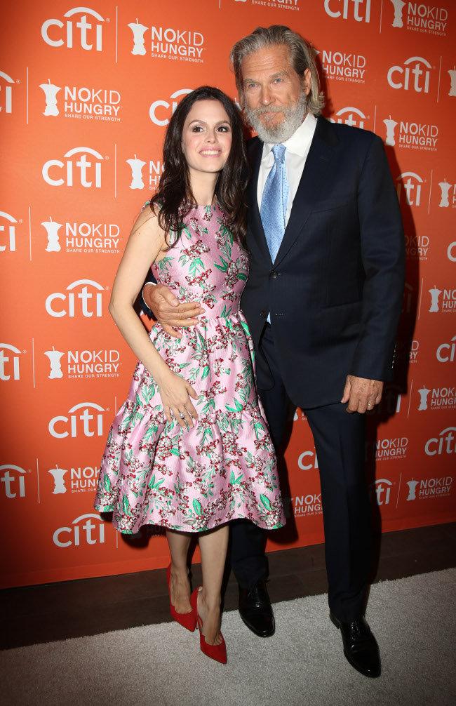 Rachel Bilson et Jeff Bridges à Los Angeles le 14 octobre 2015