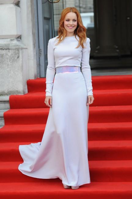 """Rachel McAdams lors de la première de son nouveau film """"About Time"""" à Londres, le 8 août 2013."""