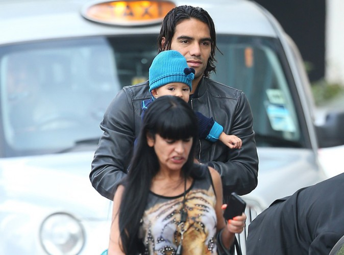 Radamel Falcao : la nouvelle recrue de Manchester City assure avec sa baby girl !