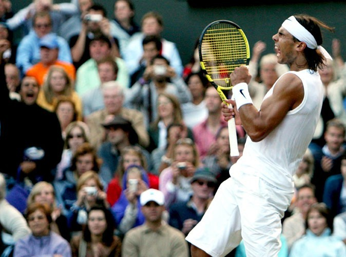 Nadal remporte le tournois de Wimbledon en 2008