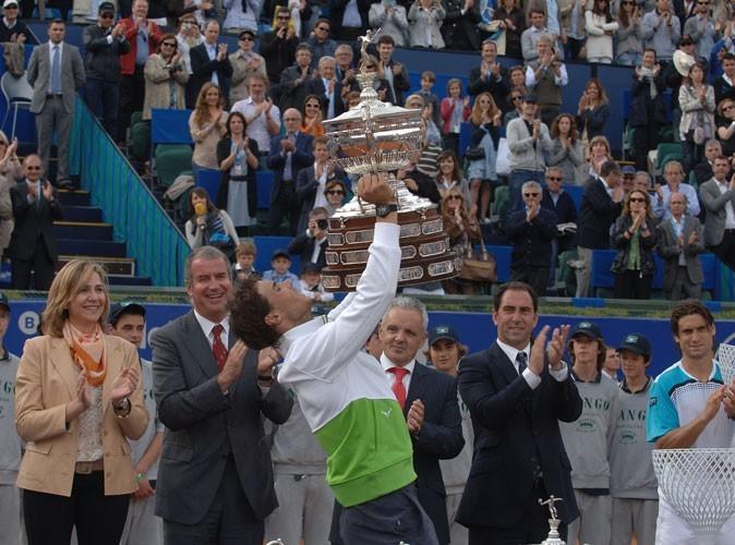 Rafael Nadal remporte le tournois Conde de Godo en 2011