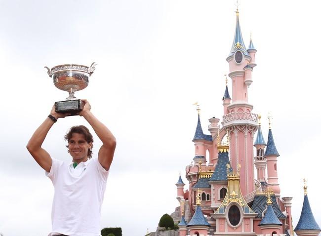 Image magique de Rafael, tellement heureux de cette sixième victoire !