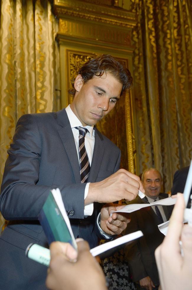 Rafael Nadal à la mairie de Paris le 21 mai 2015