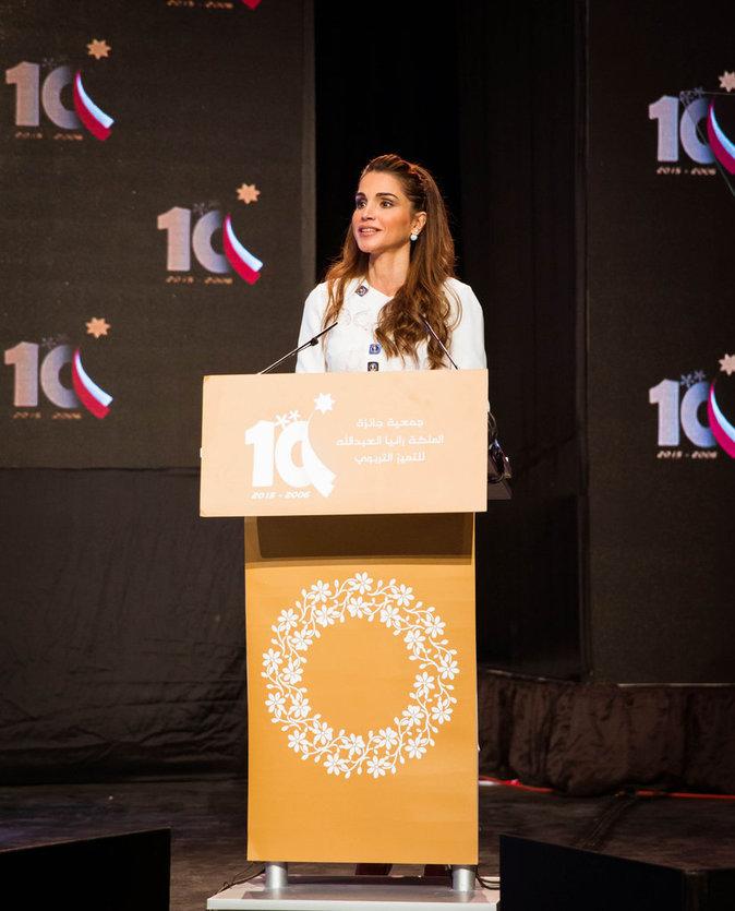 Photos : Rania de Jordanie : l'école pour lutter contre Daech !