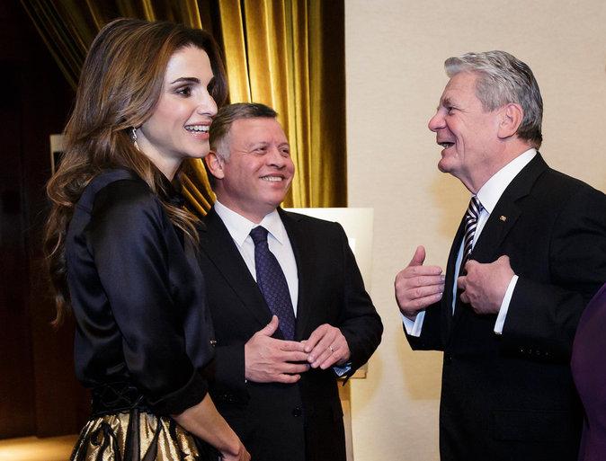 Photos : Rania de Jordanie : maman complice, épouse modèle !