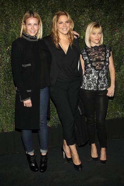 Chelsea Handler, Mary McCormack et Reese Witherspoon lors du lancement du livre de Drew Barrymore à Los Angeles, le 14 janvier 2014.