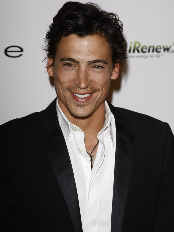 Andrew Keegan, alias Wilson West