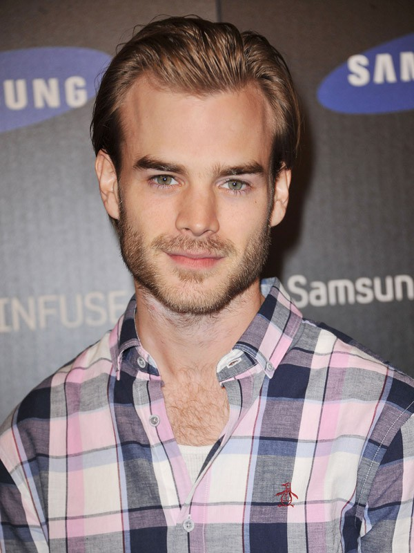 David Gallagher, alias Simon Camden