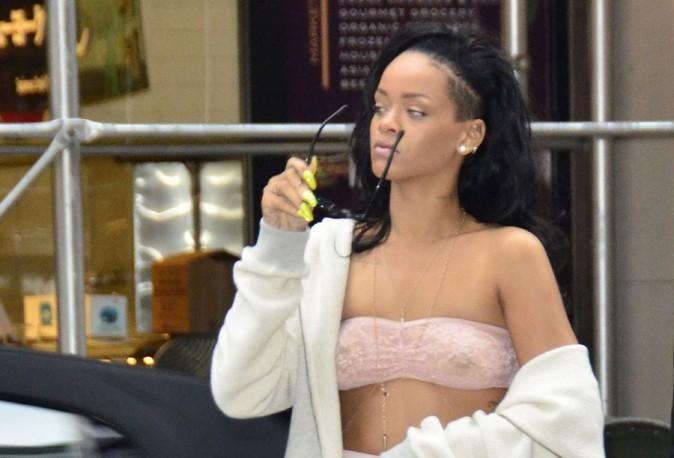 Rihanna dans les rues de New-York le 11 juin 2012