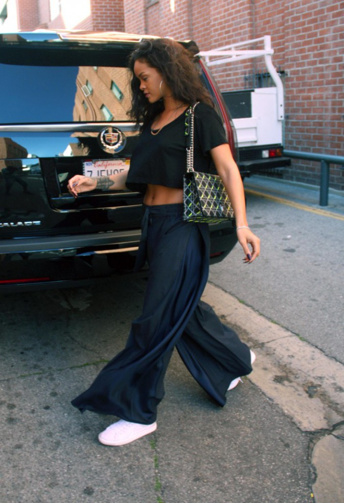 Photos : Rihanna : à son tour de répondre aux rumeurs !