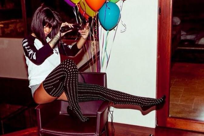 Rihanna poursuit ses vacances à Aspen...