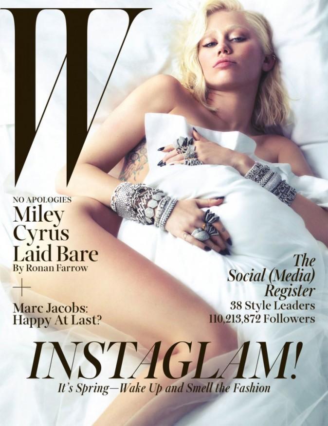 Miley Cyrus pour W
