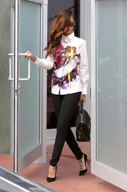 Rihanna le 6 février 2013 à Los Angeles