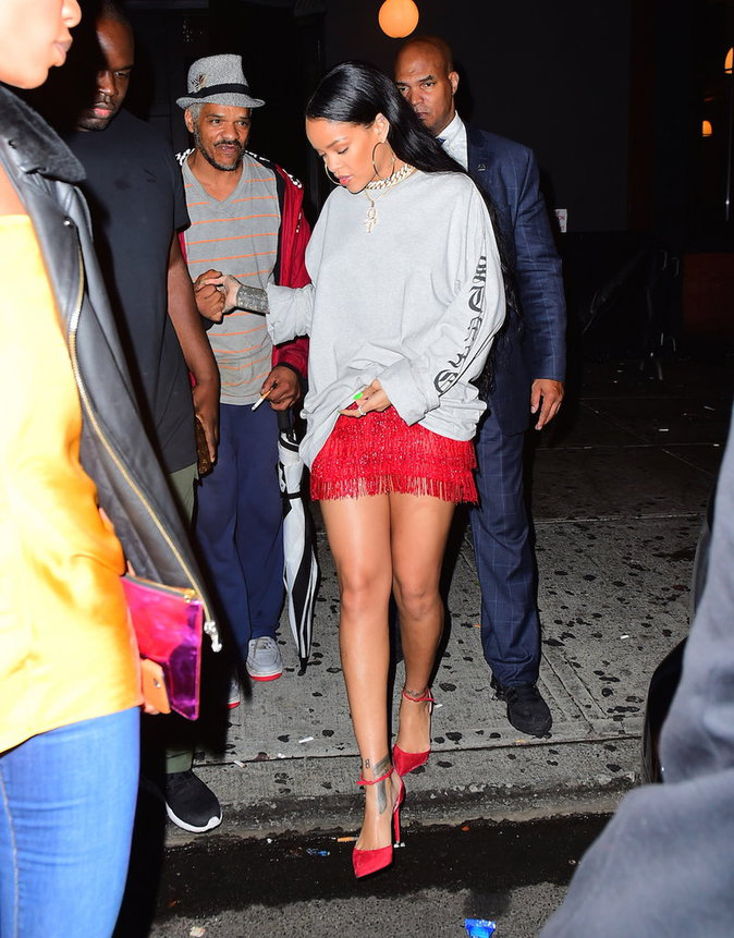 Photos : Rihanna : elle nous donne une leçon de style à New York !