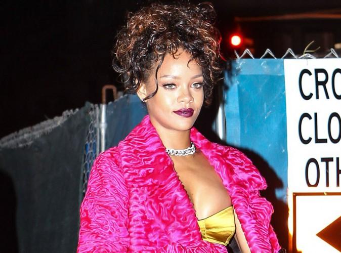 Rihanna : de sortie avec sa BFF, elle nous replonge dans les années 80 !
