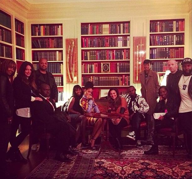 Rihanna : elle se prend pour Olivia Pope à la Maison Blanche !