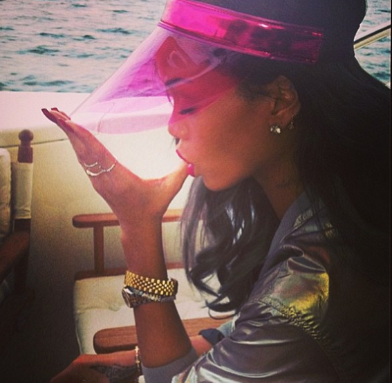Rihanna en maillot à Oslo !