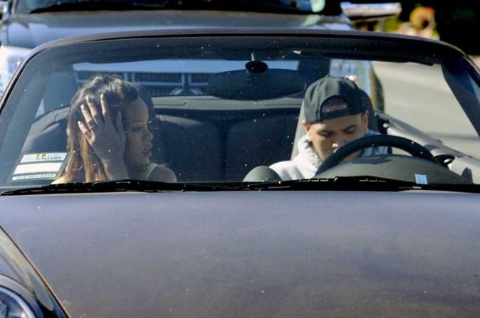 Rihanna et Chris Brown en amoureux à Los Angeles le 10 avril 2013