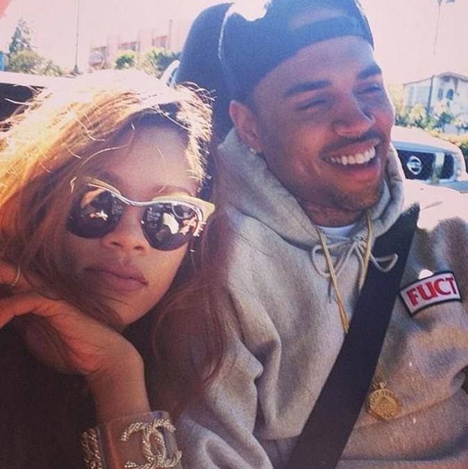 Rihanna avec Chris Brown pour une journée en amoureux le 10 avril 2013