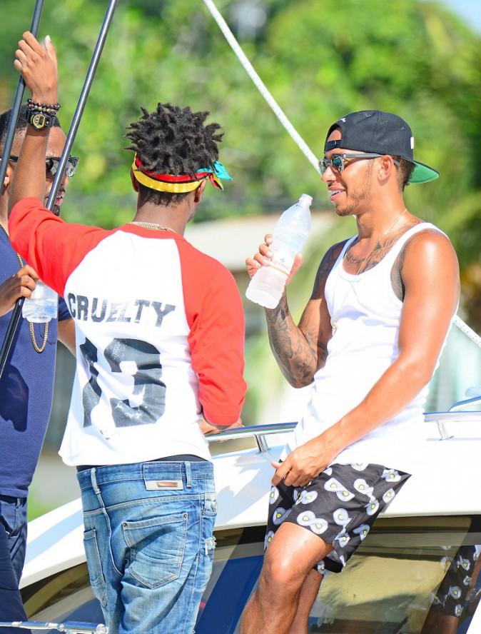 Photos : Rihanna et Lewis Hamilton inséparables, elle lui sort (encore) le grand jeu !