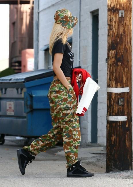 Rihanna à Los Angeles, le 10 février 2012.
