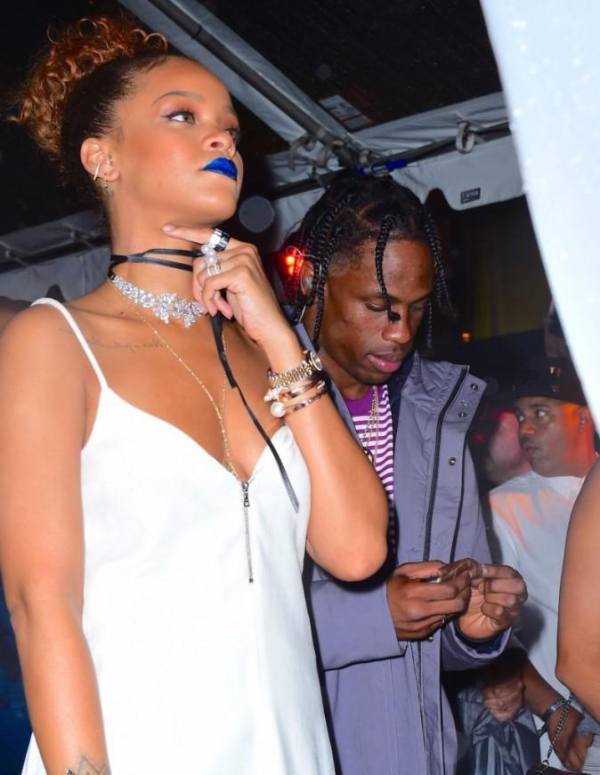 Photos : Rihanna et Travis Scott : jamais trois sans quatre !