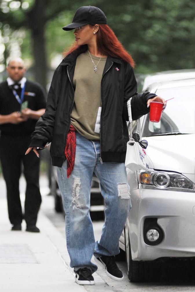 Photos : Rihanna : l'égérie Dior en baggy !