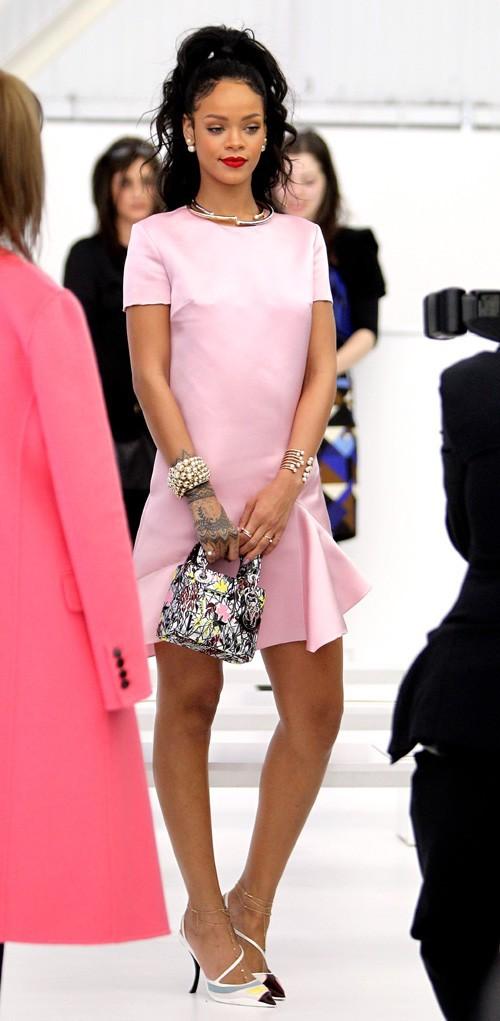Rihanna au défilé Dior organisé à New-York le 7 mai 2014
