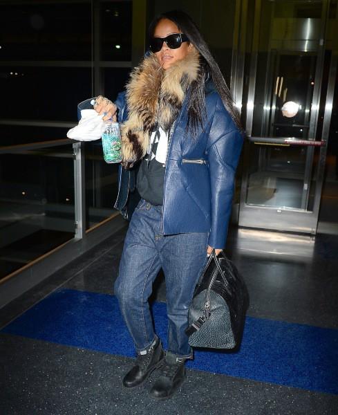 Rihanna à l'aéroport JFK à New York, le 30 janvier 2014.
