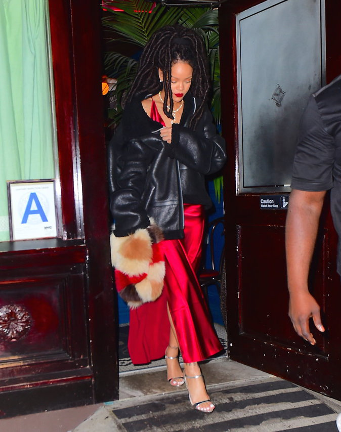 Voici les différentes tenues de Rihanna le 6/10/16 à New-York