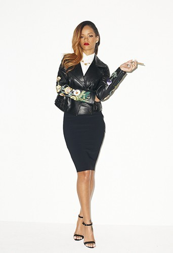 Photos : Rihanna pose sexy pour Terry Richardson !