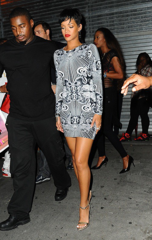Photos : Rihanna : reine de la nuit, elle s'impose comme ambassadrice de sa collection River Island !