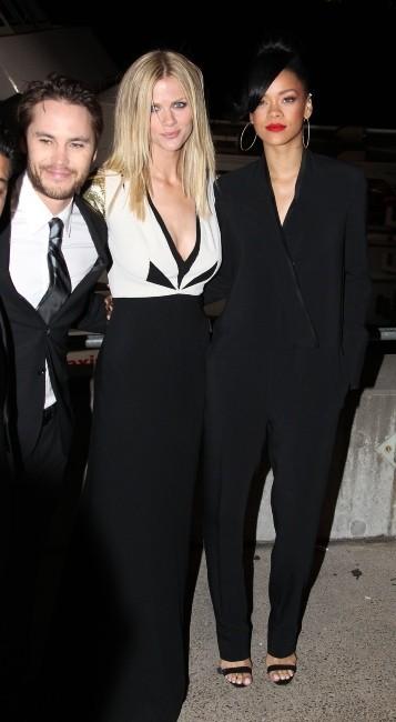 Brooklyn Decker et Rihanna lors de la première du film Battleship à Sydney, le 9 avril 2012.