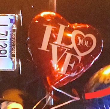 Photos : Rihanna retrouve Leonardo DiCaprio et reçoit une étonnante déclaration d'amour !