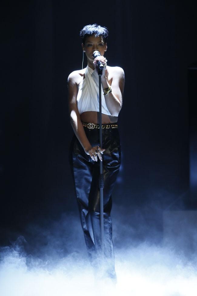 Rihanna dans l'émission Wetten, dass..?/Wanna bet?  le 8 décembre 2012