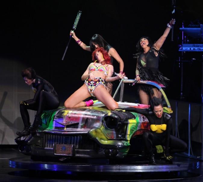 Rihanna, championne de Air Guitar ?