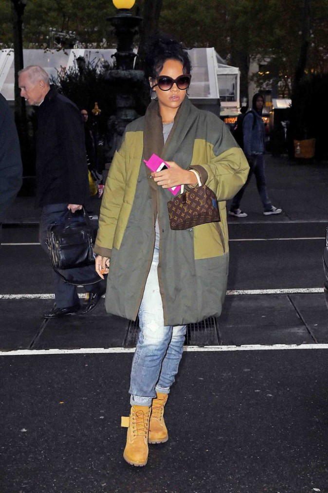 Rihanna : son sens du style baisserait-il en m�me temps que les temp�ratures ?