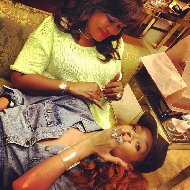 Rihanna et sa mère, le 5 avril 2013