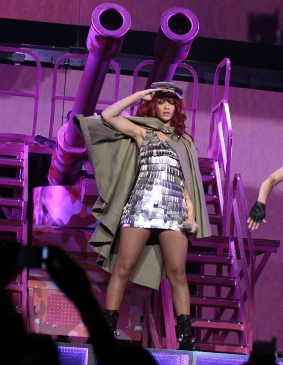 Capitaile Rihanna à la barre !