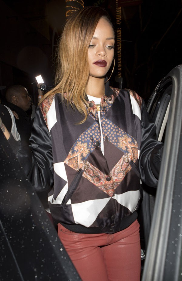 "Rihanna à la sortie du club ""My Studio"" d'Hollywood le 25 janvier 2013"