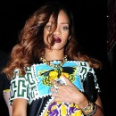 Photos : Rihanna : une poupée en escale à New-York !