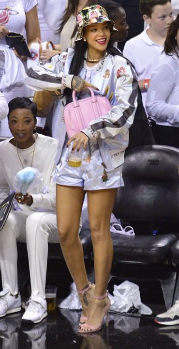 Rihanna à Miami le 8 mai 2014