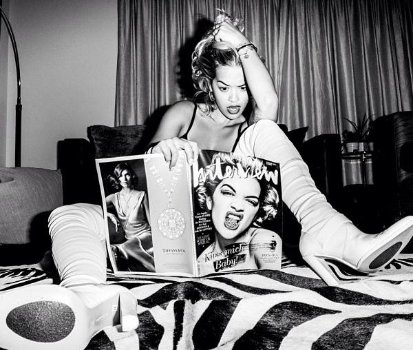 Rita Ora adopte la coupe de cheveux Vogue de Madonna !