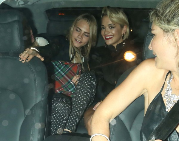 Rita Ora et Cara Delevingne à Londres, le 3 septembre 2013.