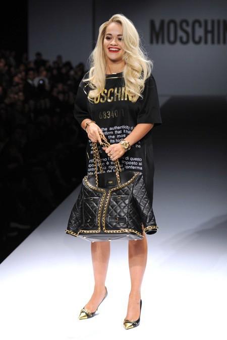 Photos : Rita Ora et Katy Perry : guest-stars du défilé Moschino à Milan !