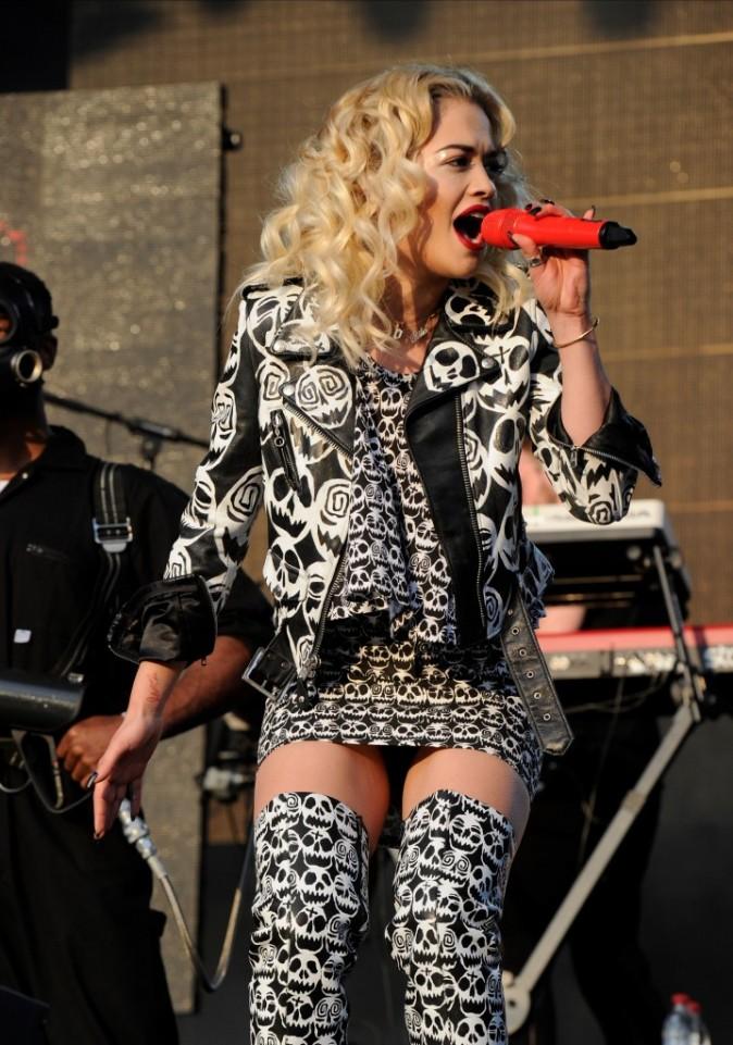 Rita Ora en concert à Manchester le 9 juin 2013