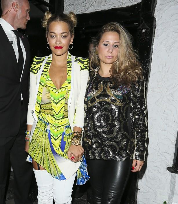 Rita Ora à la sortie du club Le Baron de Londres le 25 juillet 2013
