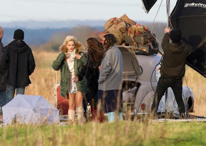 Rita Ora en shooting pour Marks and Spencer le 19 décembre 2013